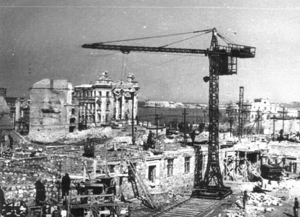 Как отстраивали страну после войны