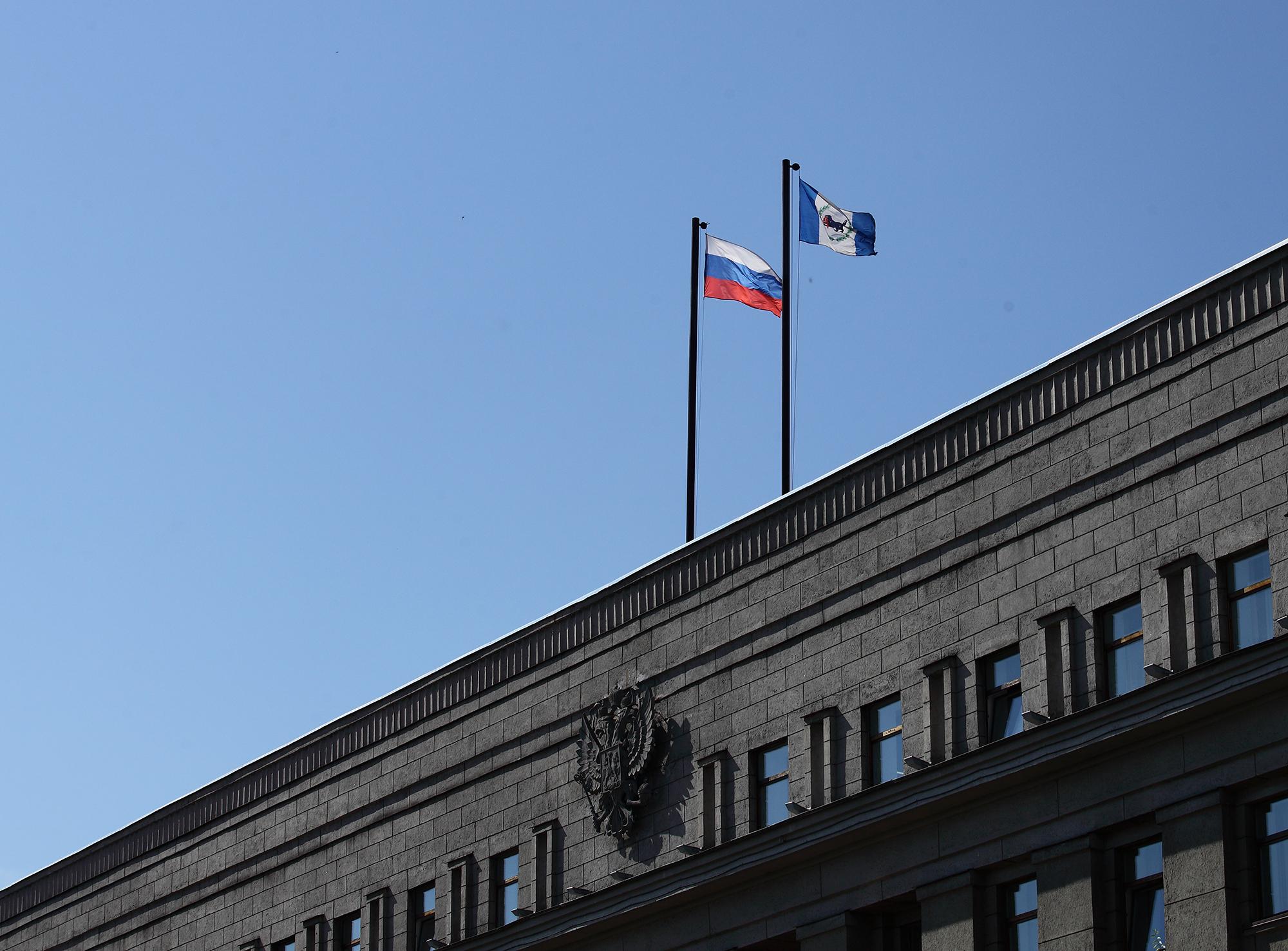Поправками Губернатора Иркутской области ко второму чтению регионального бюджета перераспределено более полумиллиарда рублей